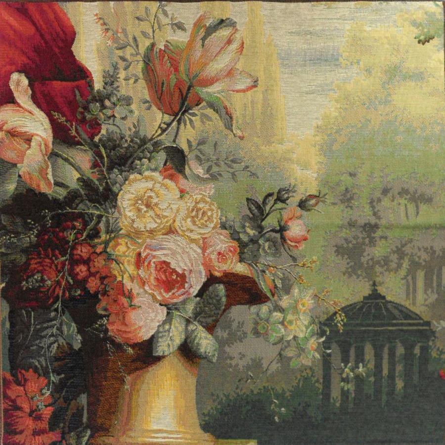 9237 : Kiosk and flowers