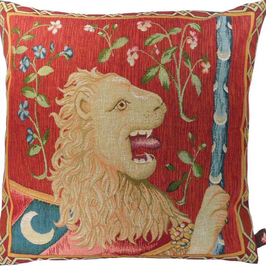 7675 : Le lion médiéval