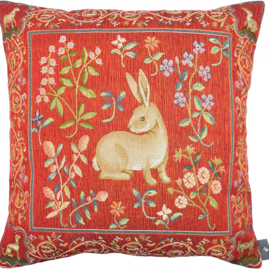 8143 : Cushion medieval rabbit