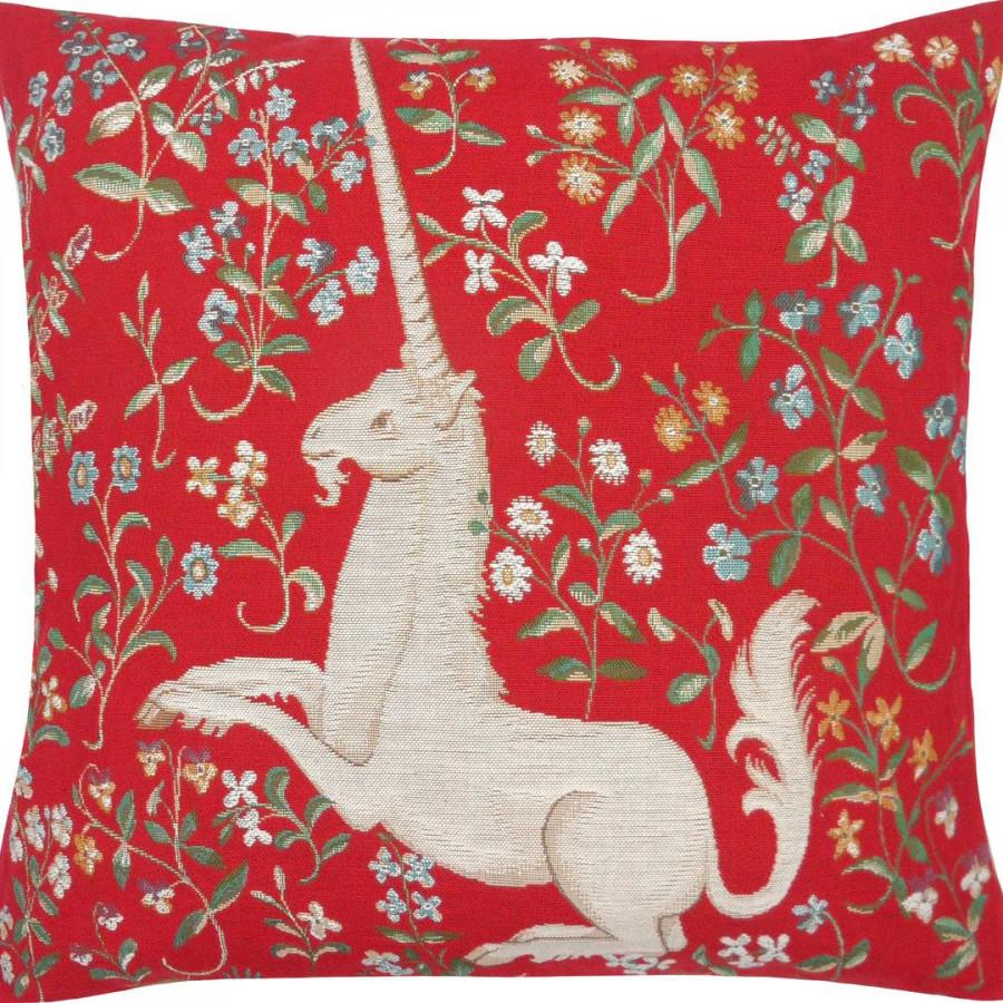 2054 :licorne fleuri, fond rouge, RMN