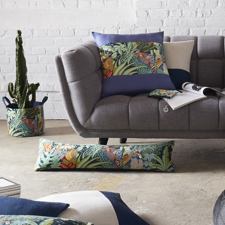 Cushion cover Tapestry cushion cover Jungle and three birds