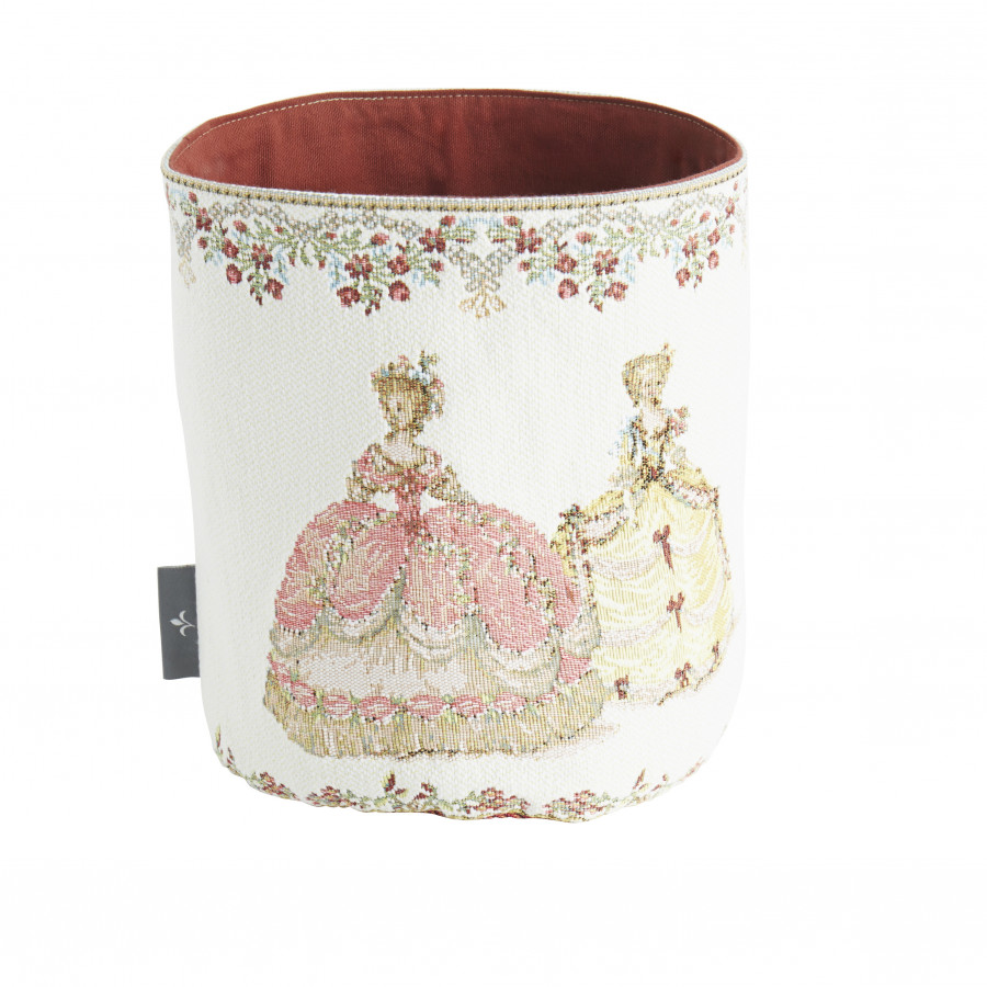 PA5786B : Duchesses , fond blanc