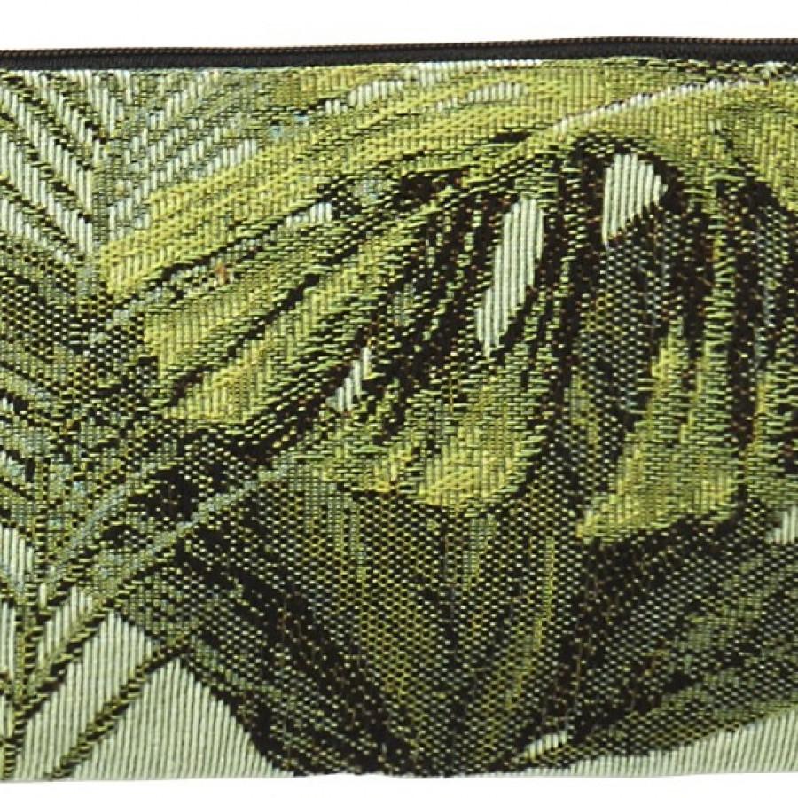 5725C : Purse Foliage, light background