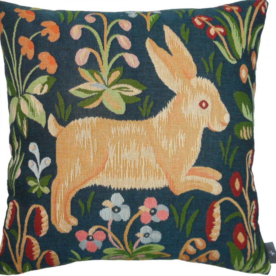 7486 : Running rabbit