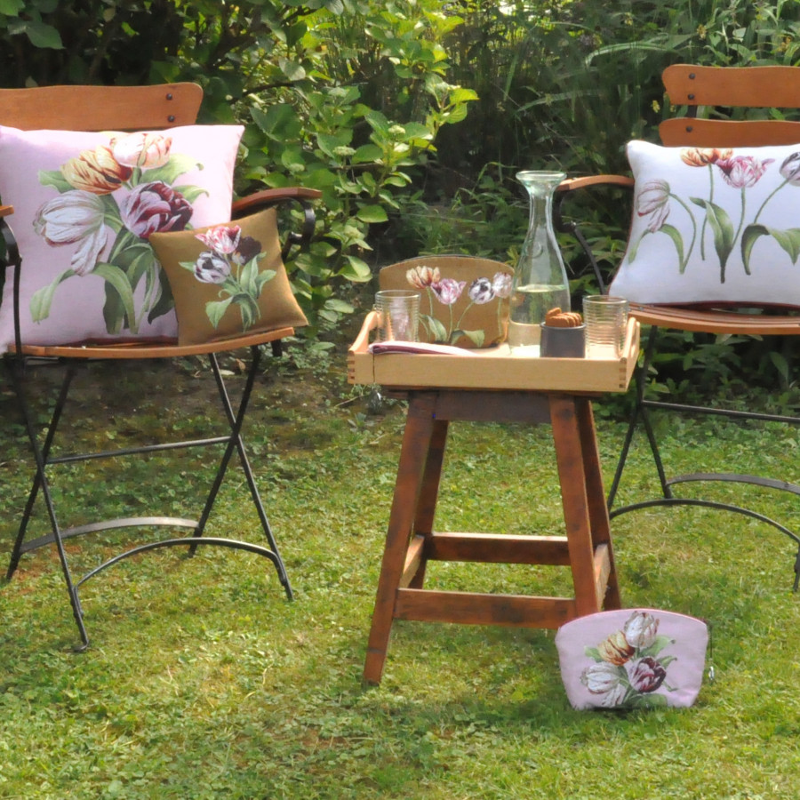 Mini coussin tapisserie senteur lavande Tulipe