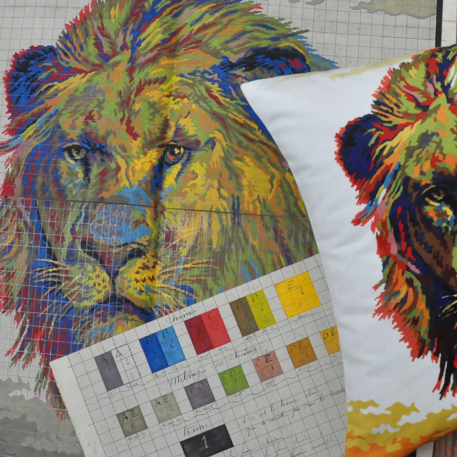 Printed cushion cover Lion