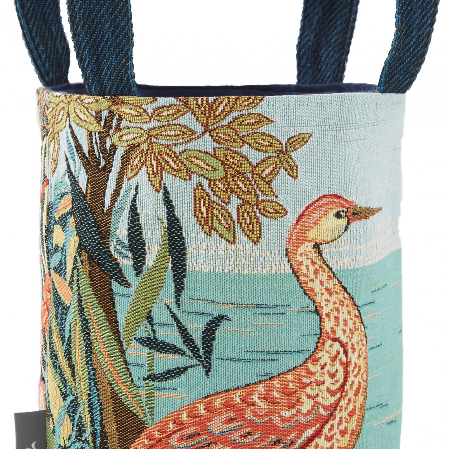 Small tapestry basket Birds in a forest