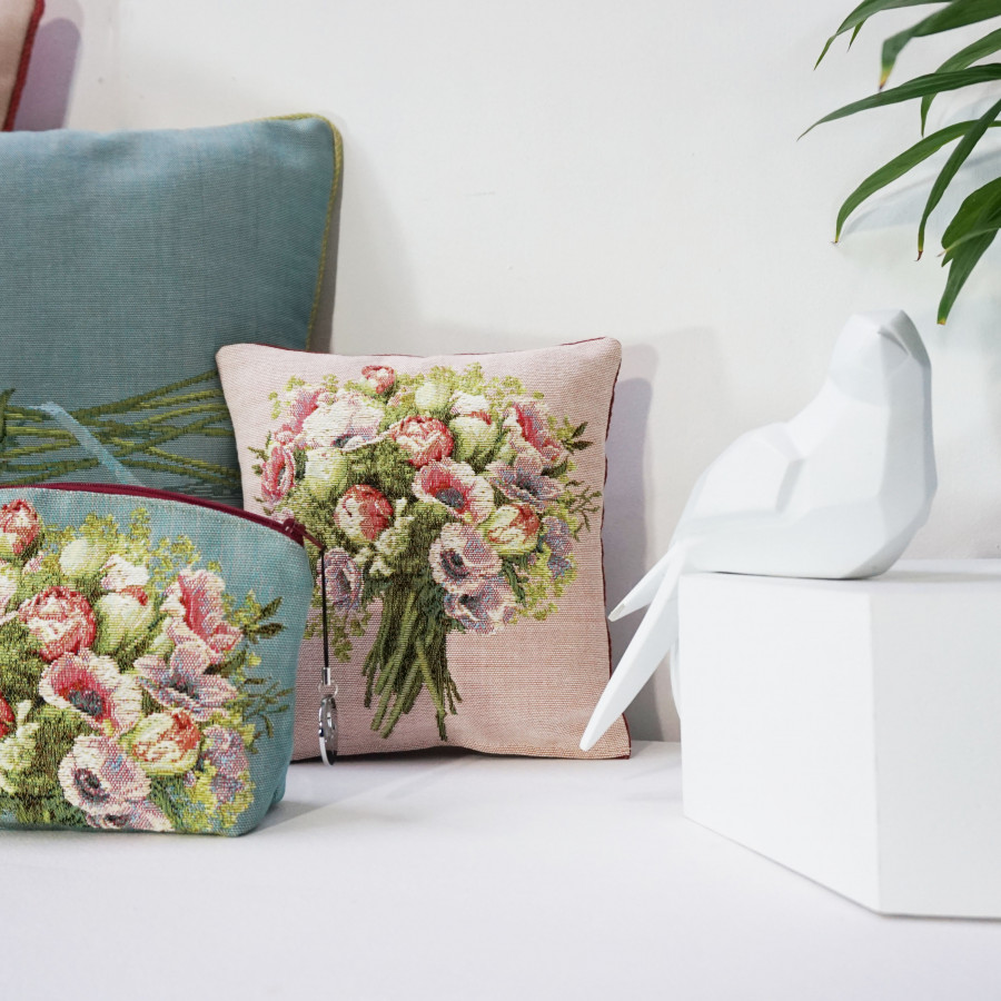 Cushion cover Tapestry cushion cover Bunch framed with flowers