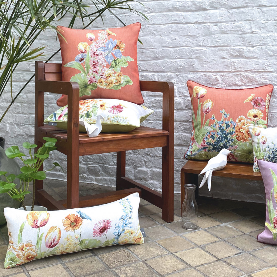 Scented tapestry mini cushion Flowerbed