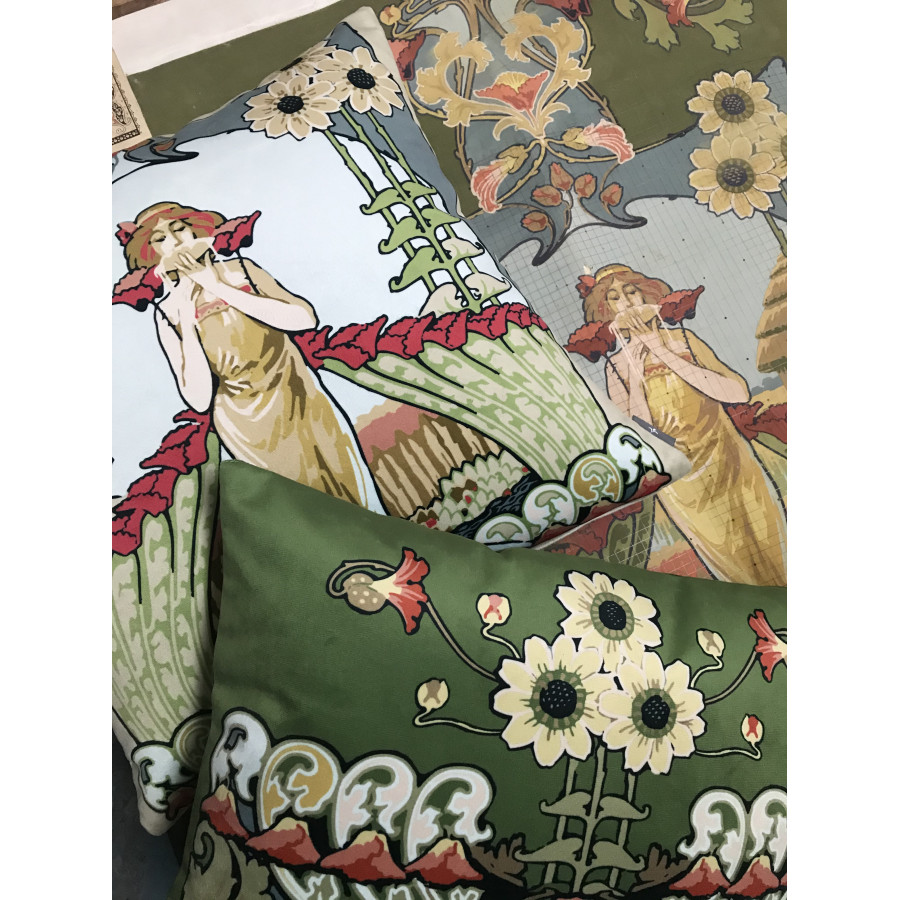 Cushion cover Printed Lady velvet