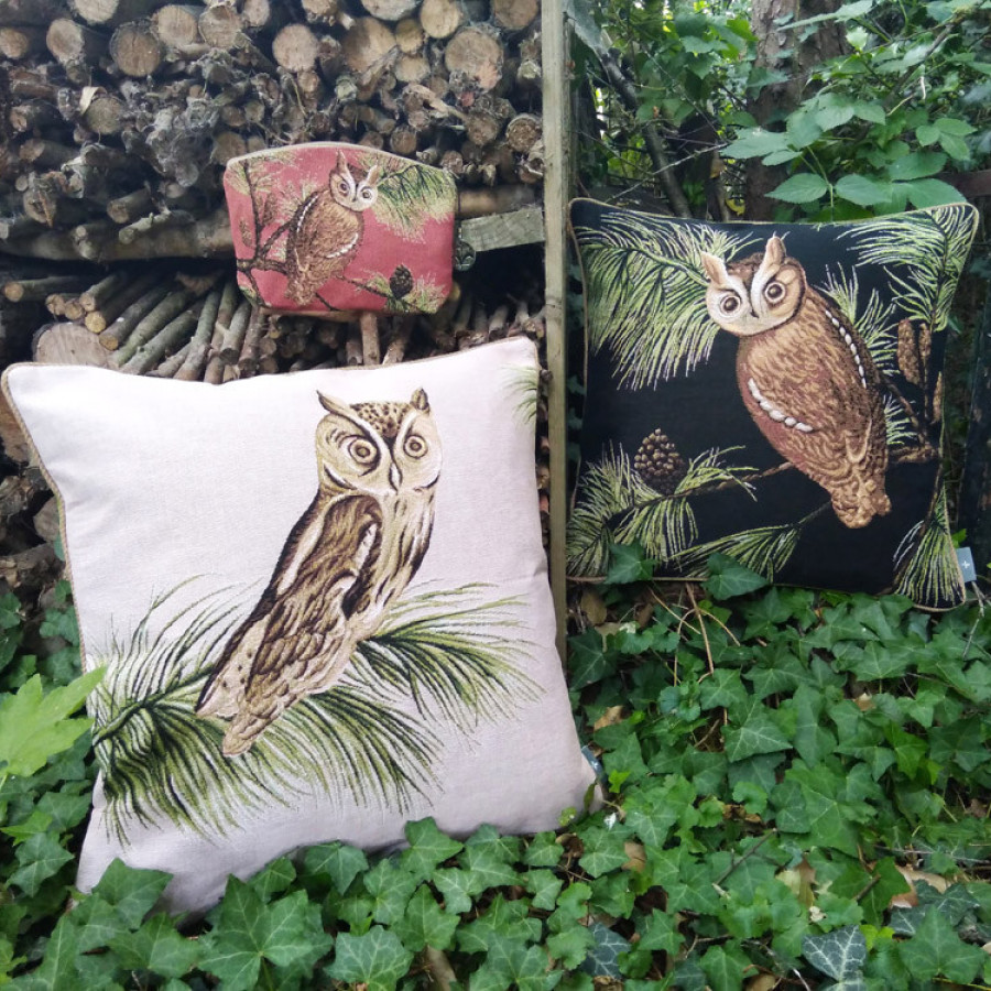 Tapestry cushion cover Beige owl