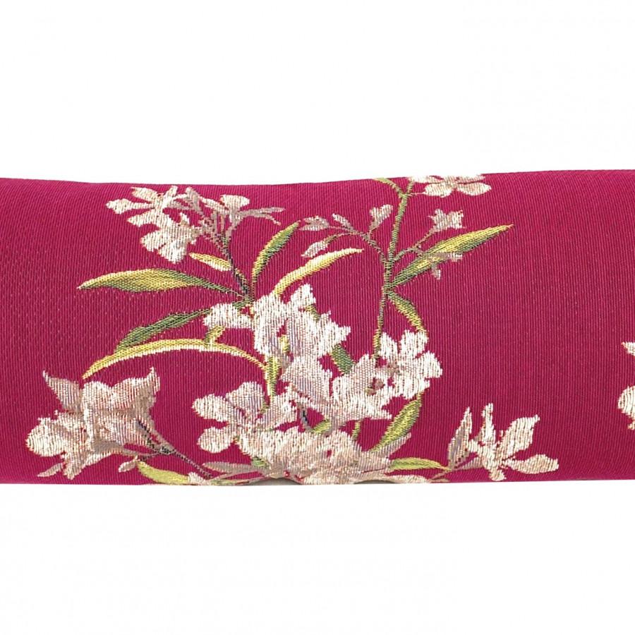 Cushion cover laurel flowers