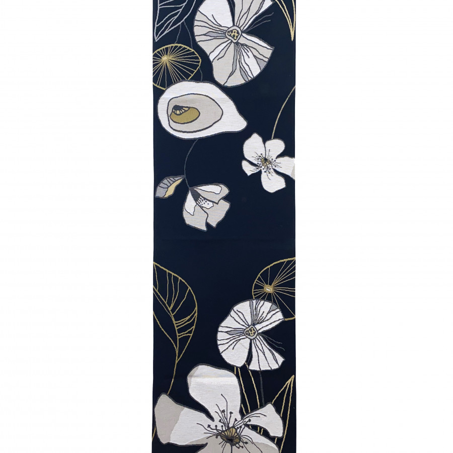 Table runner Abstract flowers