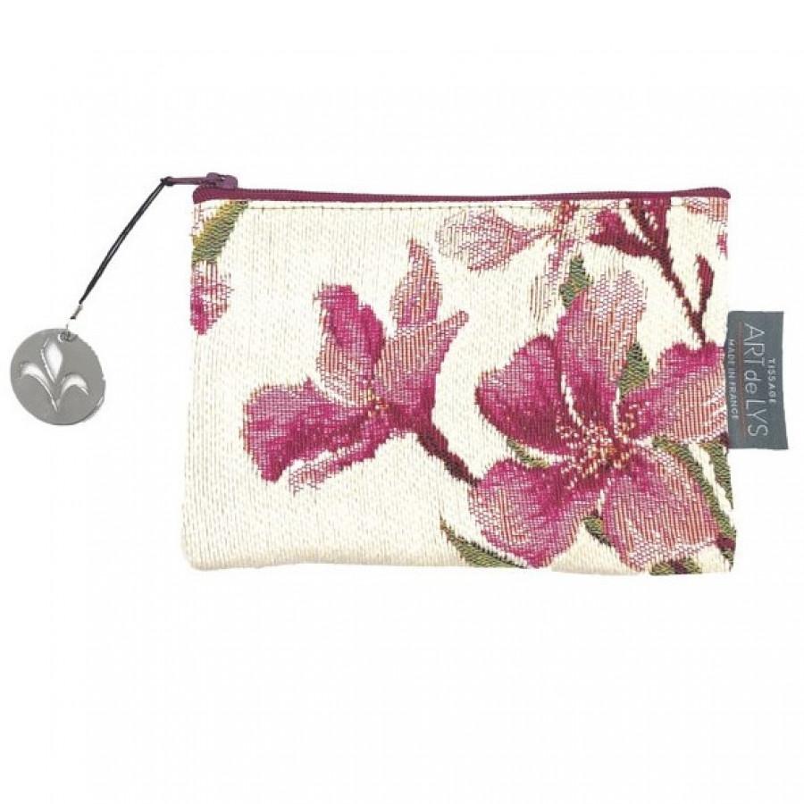 Purse laurel flowers